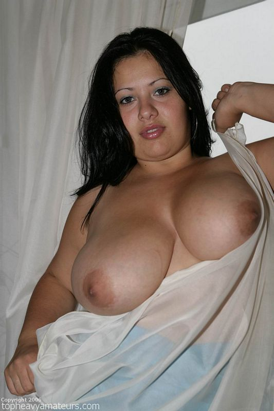heavy amateur cherri top